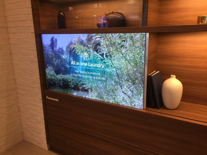 First Look At New Panasonic Transpa Oled Tv Hisense S Uled 8k Lg Tunnel And More From Seiki Philips Samsung